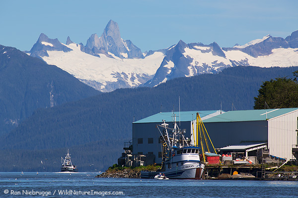 Alaska and or british columbia hiking and backpacking for Petersburg alaska fishing